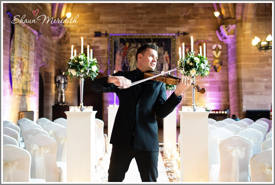 Violinist ready to greet guests