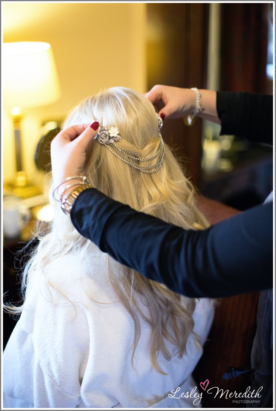 Finishing touches with bridal hair accessories