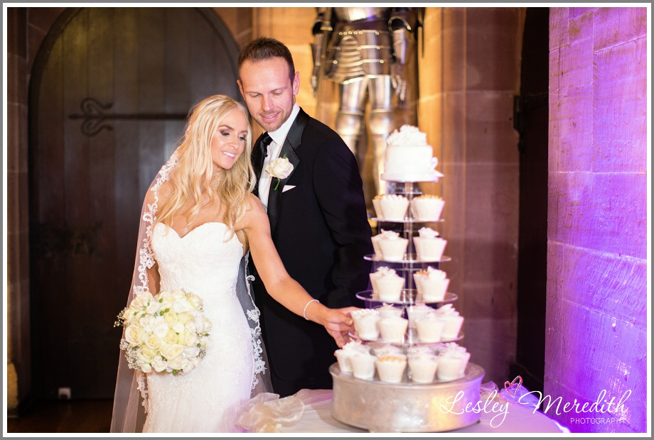 Julie and Macus and their wedding cake