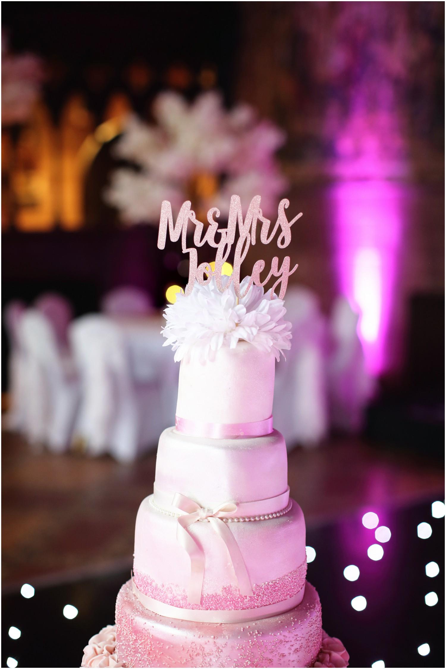 wedding cake with names