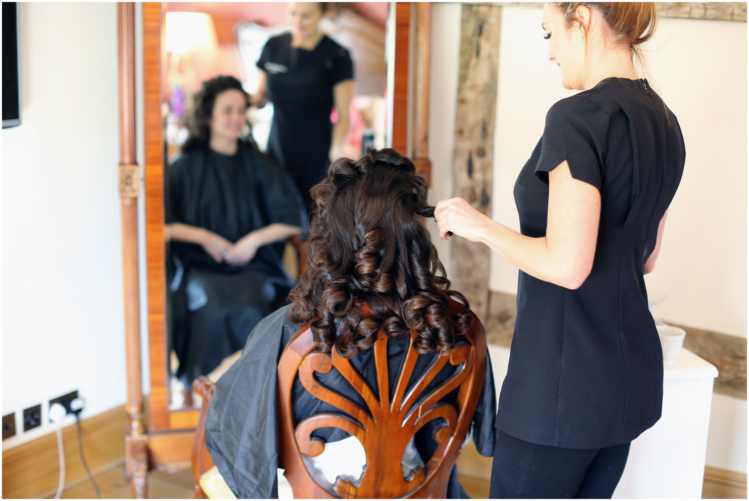 bride final touches to hair