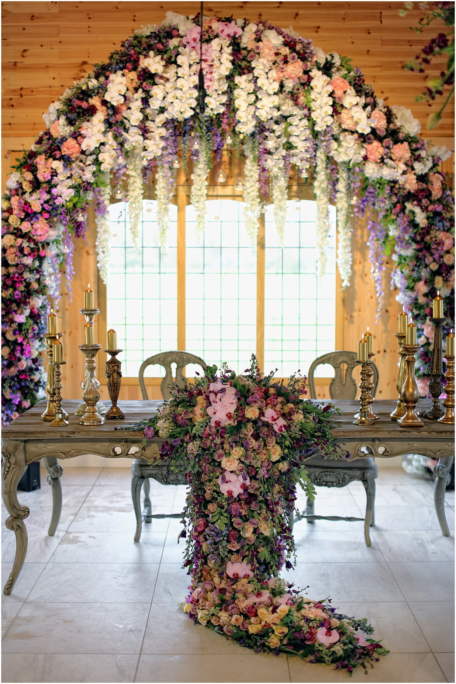 redfloral arch of flowers