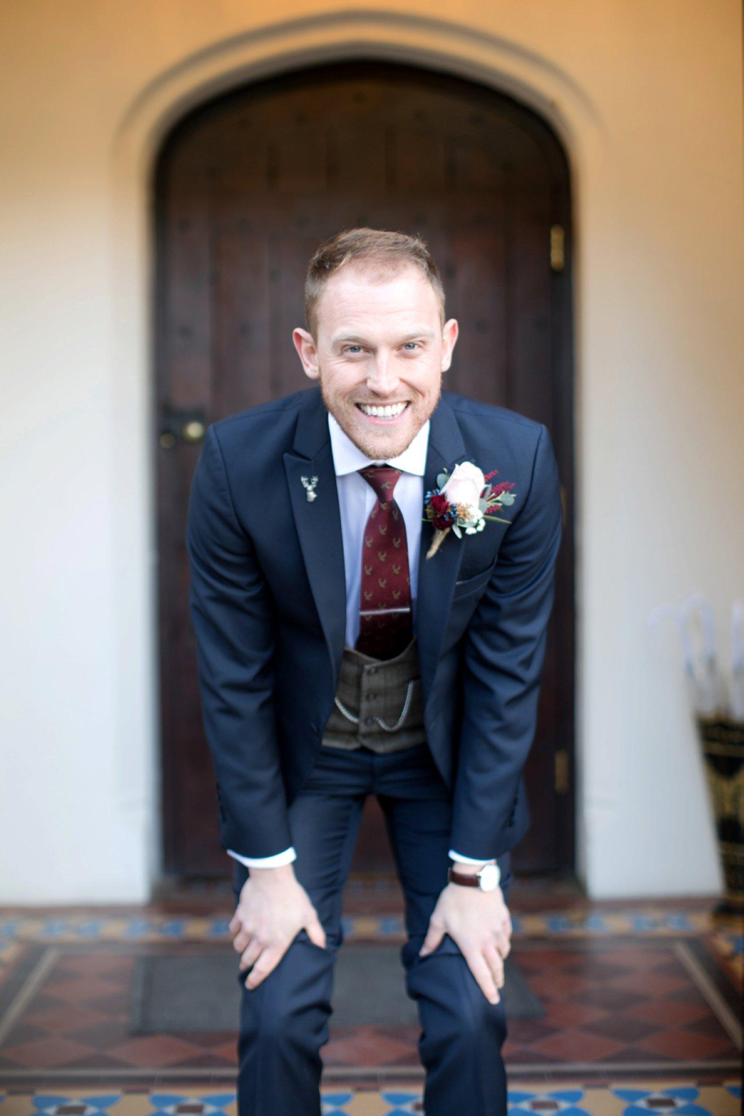 groom dressed