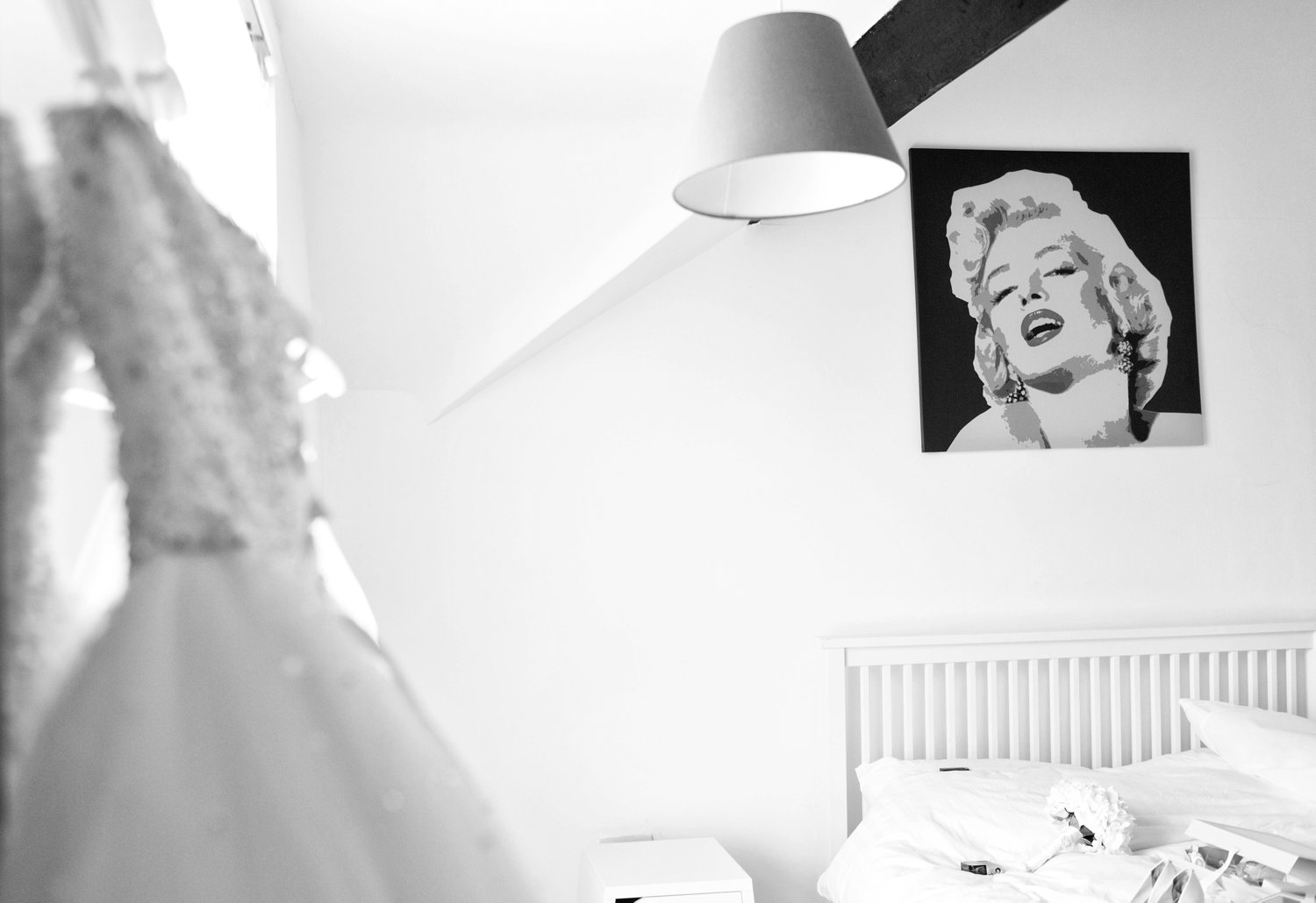 marilyn munroe print and wedding dress