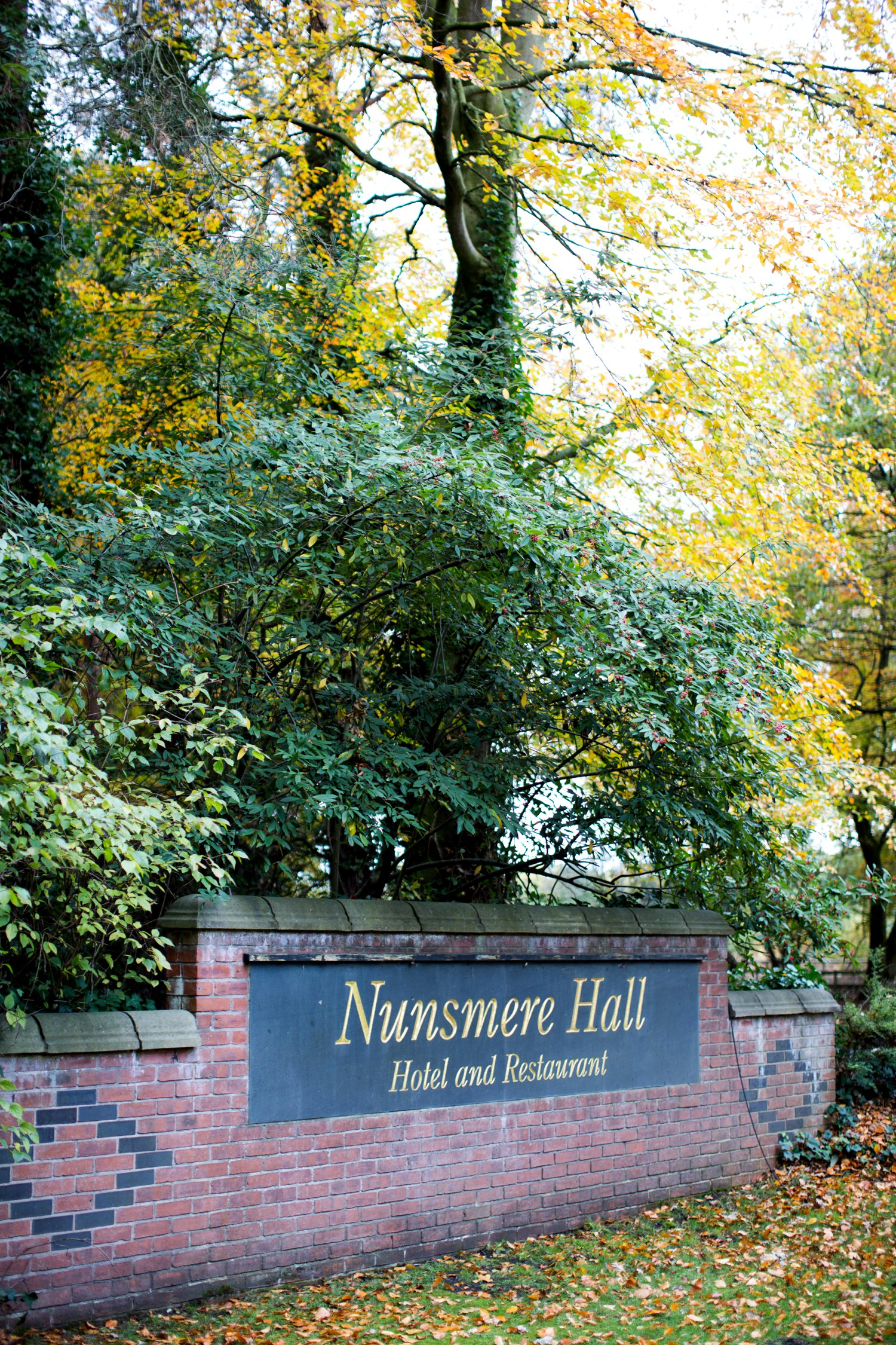nunsmere hall sign